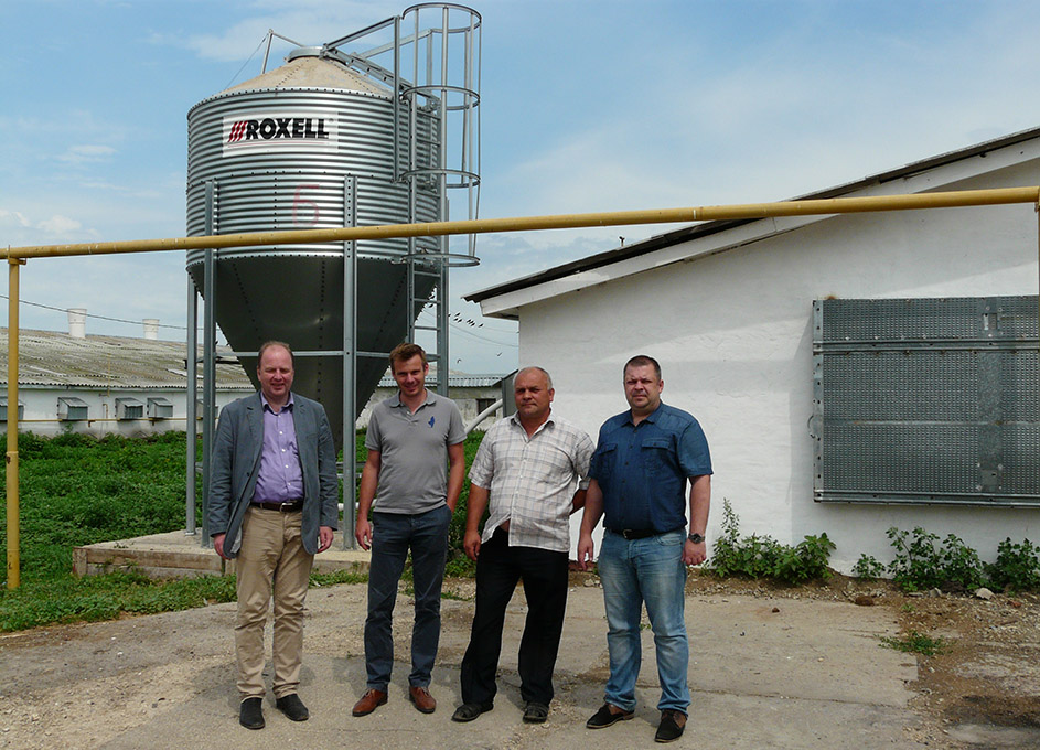 "On the territory of ""Turkey of Norov"". From left to right: General Director of ""Roxell OOO"" Dmitry Beresnev, Roxell Product Manager for Broilers Ben Dehaeck, Vladimir Pozdnyakov Director of ""Turkey of Norov"" and Andrey Golub Director of ""Agrotechmontage"""