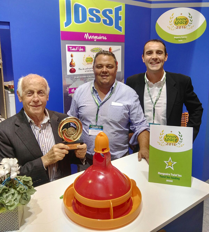 At SPACE 2016 exhibition: (from left to right) Mr Osvaldo Giordano together with Mr Aurélien Josse, owner of the company SARL JOSSE, Giordano Poultry Plast's distributor in France, and Enrico Giordano