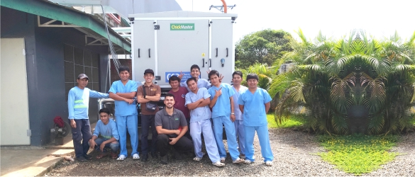 Anakciano team with Richard Dix, Chick Master Hatchery Specialist, after commissioning the CC3