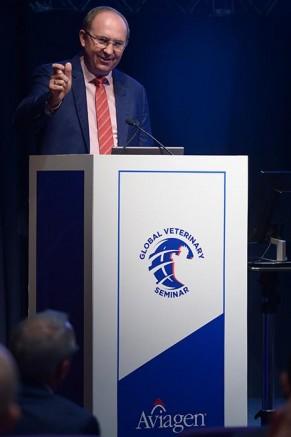 Professor Dr. Michael Hess at the Aviagen Global Veterinary Seminar